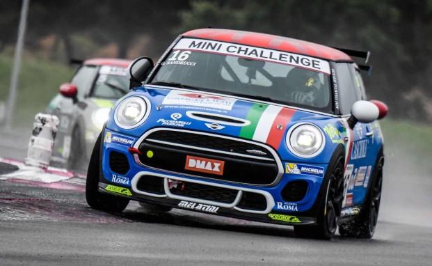 Ancora punti per Sandrucci al Paul Ricard in una Gara 2 condizionata dalla pioggia