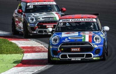 Melatini Racing e Sandrucci a Monza per formalizzare il titolo del MINI Challenge Italia
