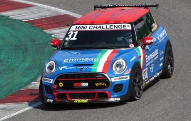 Sul circuito brianzolo il MINI Challenge Italia giunge all'epilogo con Sandrucci campione