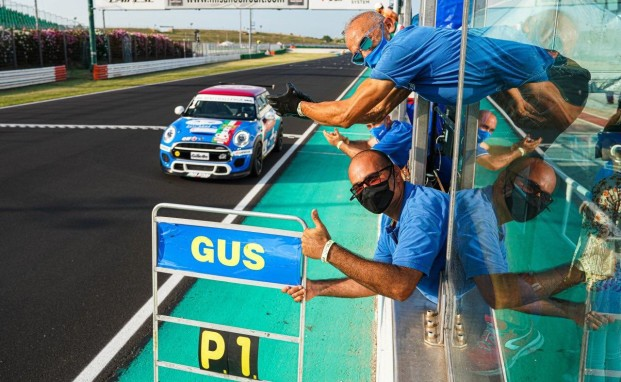 A Misano il team Melatini Racing festeggia la seconda vittoria con Gustavo Sandrucci